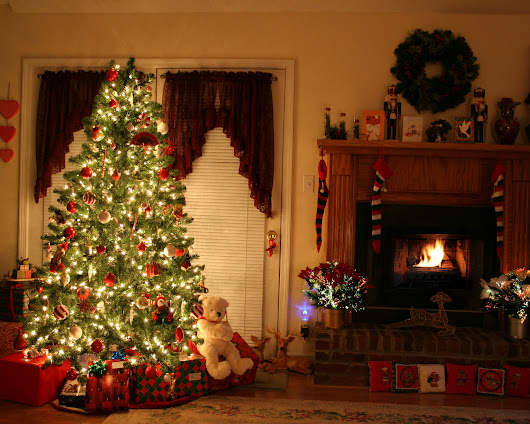 10 ways to lower your holiday electric bills