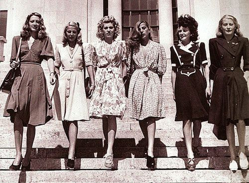 A classic 40s inspiration picture. Some ideas for this: http://blog.caseybrowndesigns.com/2011/01/swing-dress-sew-along/