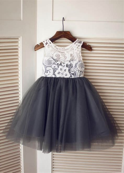 A line Ivory Lace Gray Tulle Flower Girl Dress