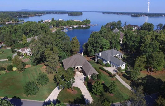 148 Swayne Dr. Waterfront in The Point - Bruin and Bruin Real Estate