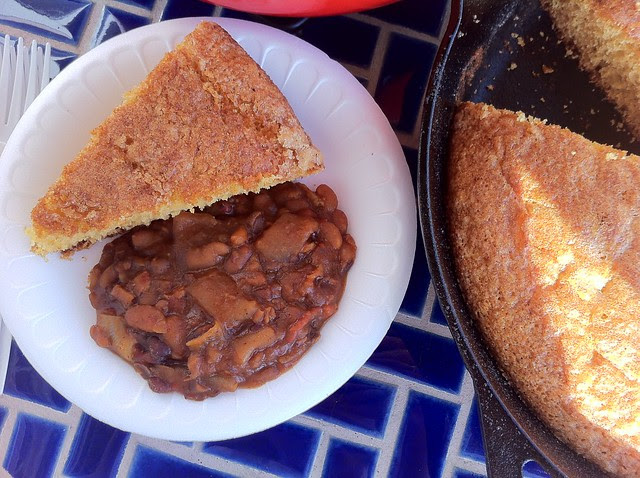 Baked Beans with Cornbread