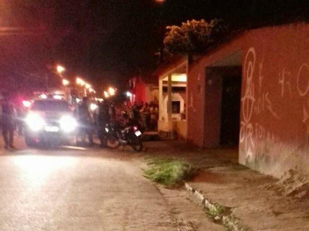 O policial foi ferido, mas não corre risco de morte (Foto: Reprodução PM)