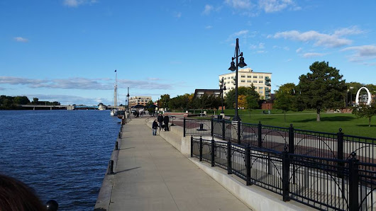 These are the 5 Best Riverwalks in Michigan | ActionHub