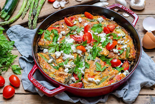 Easy Vegetable Frittata Recipe (With Eggs And Asparagus) | Blondelish