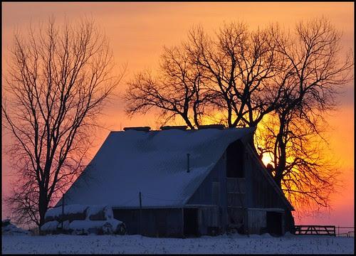 Sunset Barn por TumblingRun