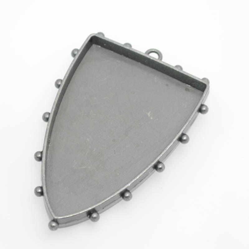 s39134 Pendant Bezel - Large Hobnail Shield - Antique Silver (1)