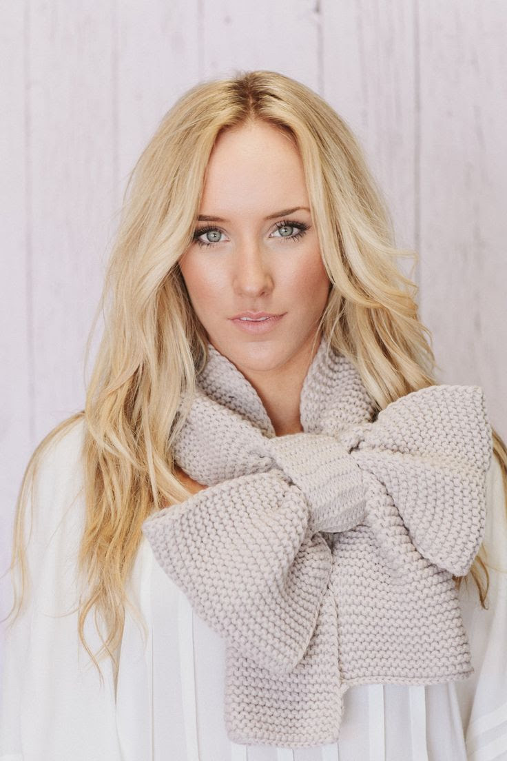 love the scarf too cute!