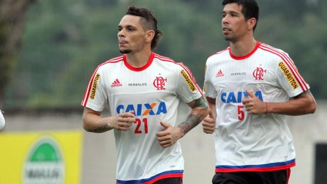 Cáceres poderia enfrentar o Vasco pela Copa do Brasil
