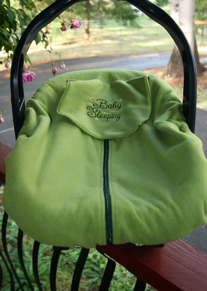 Green fleece and flannel carseat cover