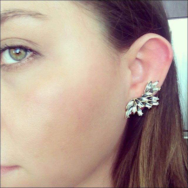 2 Le Fashion Blog Instagram Cocha Rocha Bauble Bar Hermes Ear Cuff Selfie photo 2-Le-Fashion-Blog-Instagram-Cocha-Rocha-Bauble-Bar-Hermes-Ear-Cuff-Selfie.jpg