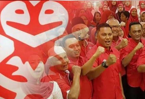 Doktrin sikap 'ayam dalam reban' di kalangan ahli UMNO'