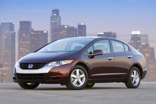 4 - Carro a célula de combustível Honda FCX-Clarity