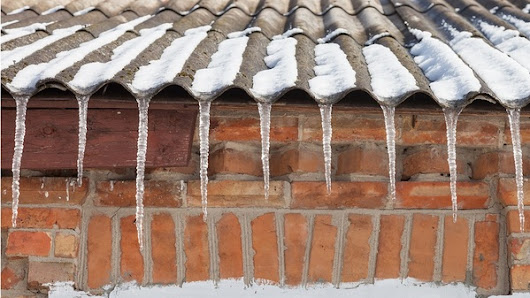 4 Tips for Roofers Working Through the Winter | PDH Academy for Contractors