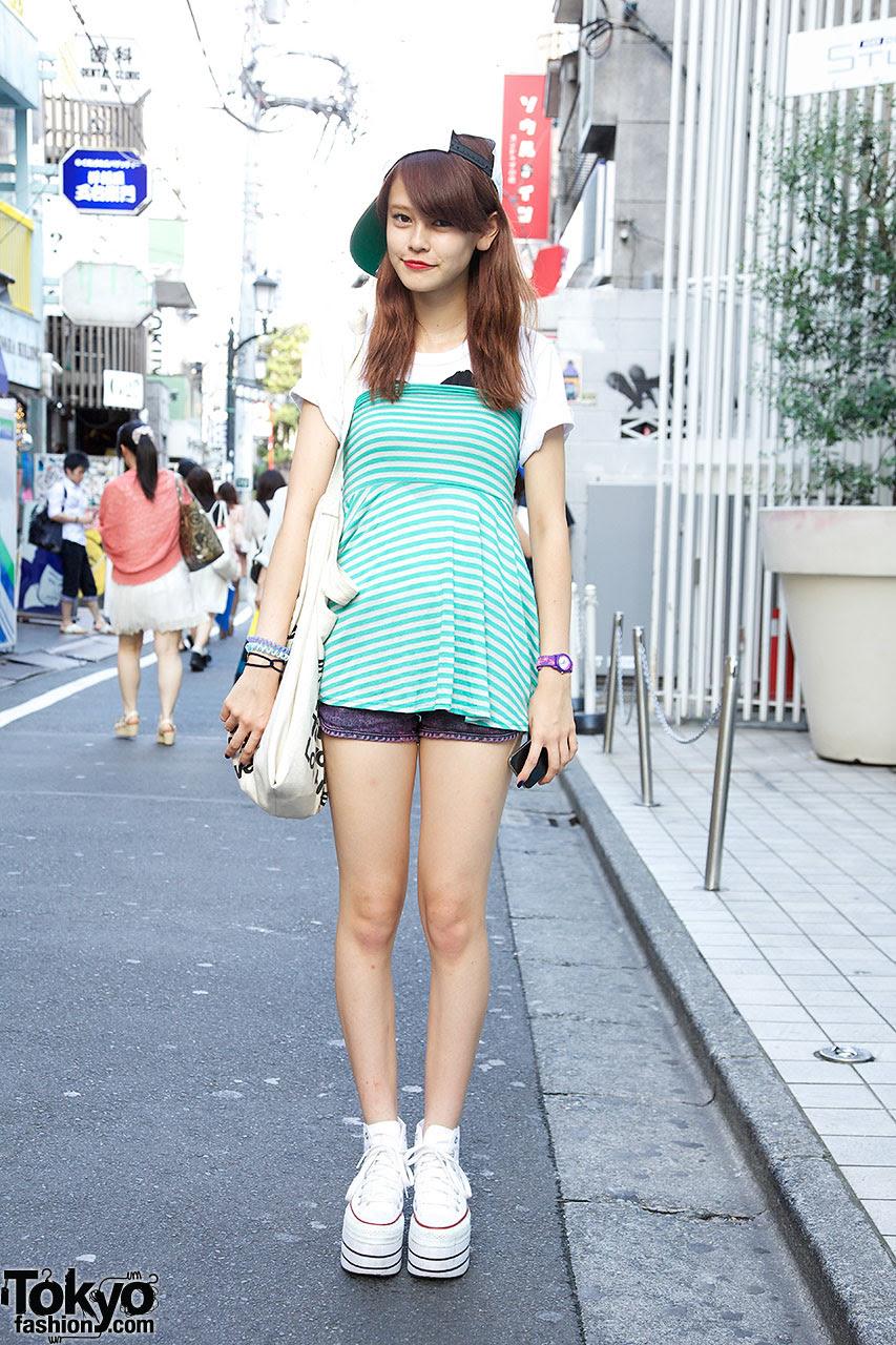 zipper model in nadia harajuku striped top  platform converse