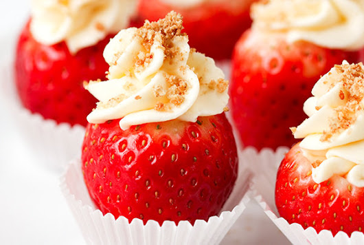 11 Stuffed Strawberries That Make the Perfect Mini Dessert | Real Simple