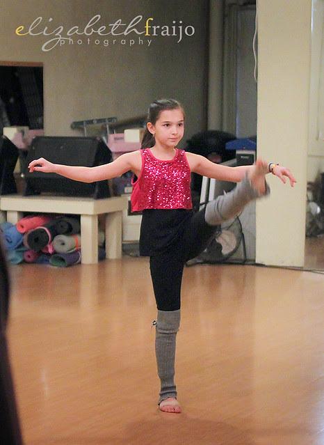 Dance01W