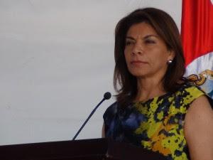 Laura Chinchilla aseguró que en los próximos meses se dará una inversión por parte de una importante empresa asiática aunque no precisó el nombre ni el país de procedencia. CRH