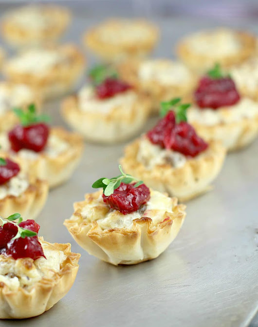Mini Sausage Party Tarts with Cranberry Mango Compote - Erica's Recipes