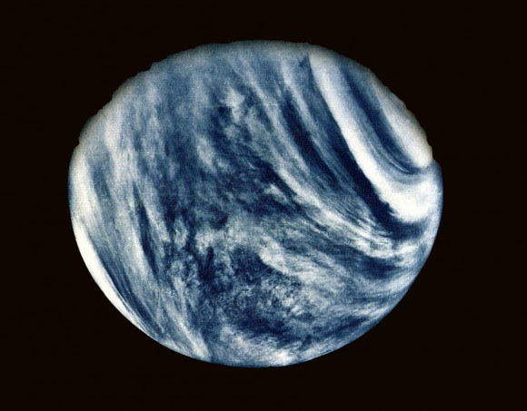 Feb05-1974_mariner10-venus