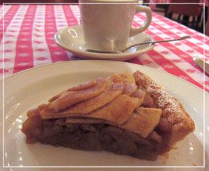 「Grand Central Oyster Bar & Restaurant」にて、アップルパイ。ボリュームたっぷり。