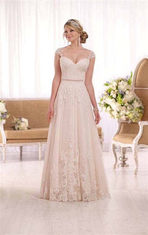 Top10 Luxury Designer Wedding Dresses   Plus Size Wedding