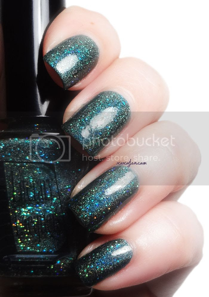 xoxoJen's swatch of Literary Lacquer Je Reviens