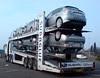 """The new Impreza - It sticks to the road"" : Subaglue transporter"