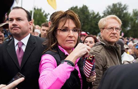 Sen. Mike Lee (left), former Alaska Gov. Sarah Palin (center) and Larry Klayman (right) on Oct. 13, 2013