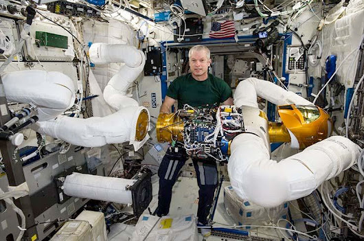 Robonaut returns to Earth for repairs after seven years on space station | collectSPACE