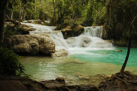 Discovering Kuang Si waterfall - A World of Backpacking