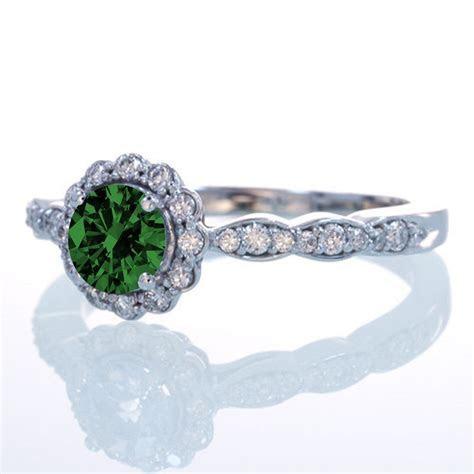 1.5 Carat Round Cut Emerald and Diamond Flower Vintage