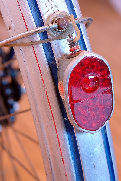 Rear fender light on Ladies' Rabeneick