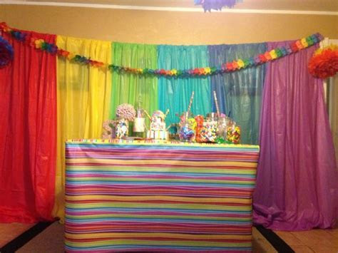 Full view of table sweet sixteen party: dollar store