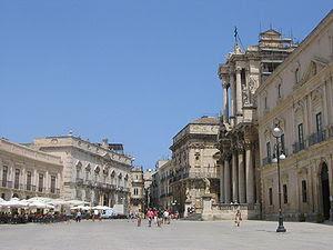 Illustration 8: Piazza del Duomo, Syracuse. An...