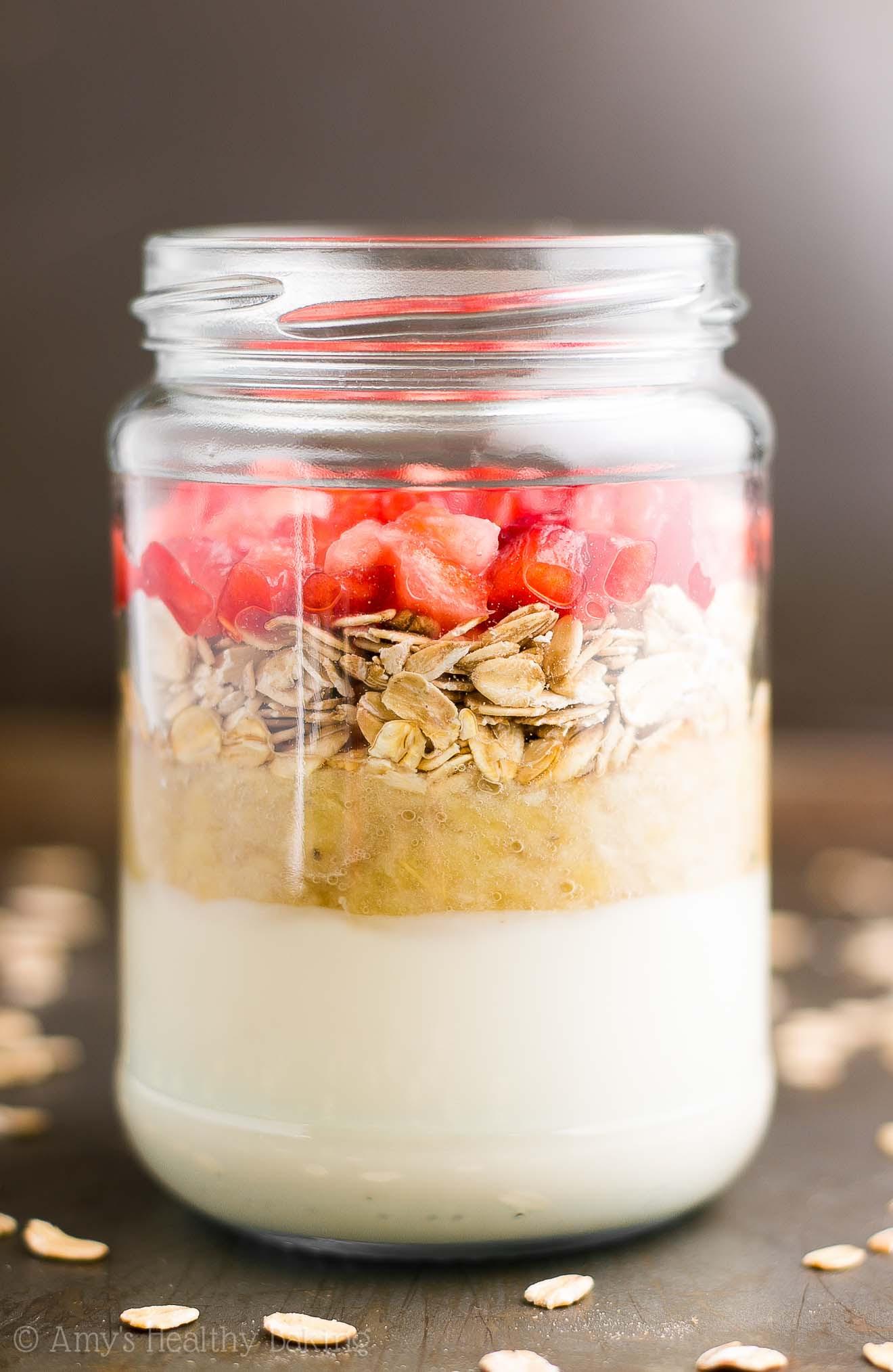 strawberry banana bread protein overnight oats 6074