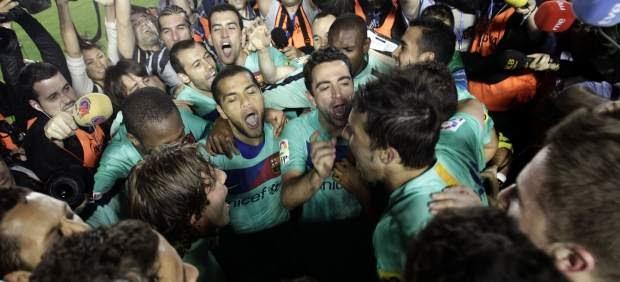 España: El FC Barcelona gana la Liga con un empate ante el Levante