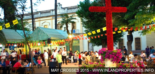 May Crosses Festival in Spain 2015 : Colour and Faith under the Sun