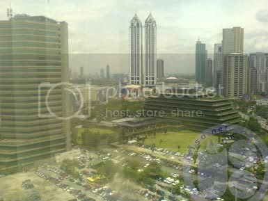 Photobucket - pemandangan dari hotel Richmonde