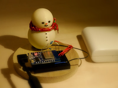 Glowing Christmas Snowman Using ESP-WROOM-02 & Weather API | Device Plus