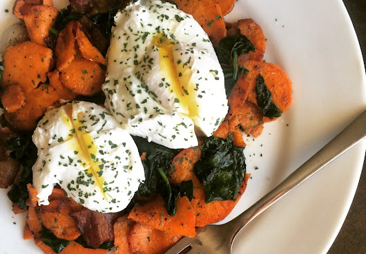 The Easiest 5-Minute Foolproof Poached Eggs