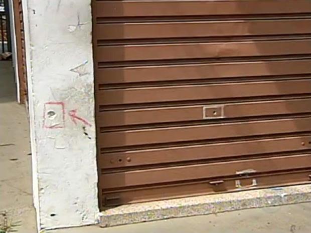 Além da casa do comandante da Guarda Municipal, delegacia também foi alvo de tiros em Jundiaí (SP). (Foto: Reprodução/TV Tem)