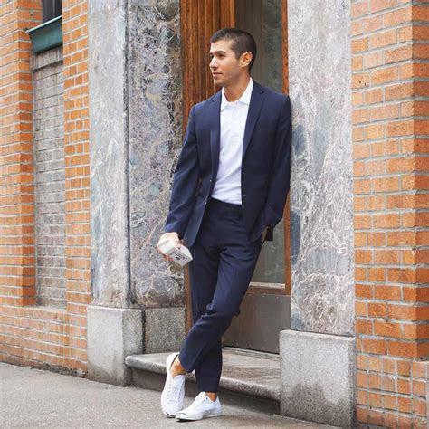 wardrobe checklist  shoes  man