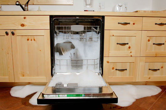 9 Things You Should Never Put in the Dishwasher