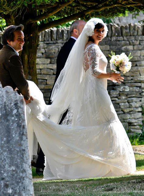 Lily Allen MARRIED & PREGNANT (dress pic!)   Today's Parent