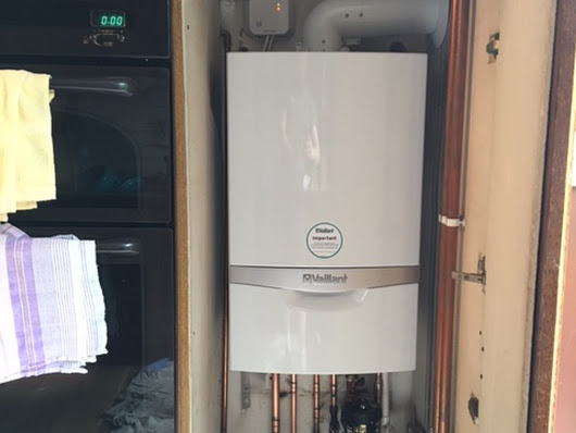 Vaillant Ecotec Plus 832 Installed in Leyton - RJ Gas Heating Services