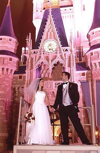 Robb & Elissa Alvey's Walt Disney World Wedding Update