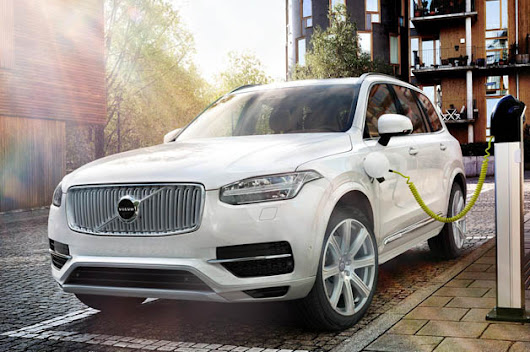 Volvo XC90 T8 hybrid runs 0-62 in 5.9 seconds, will get 59 MPGe*