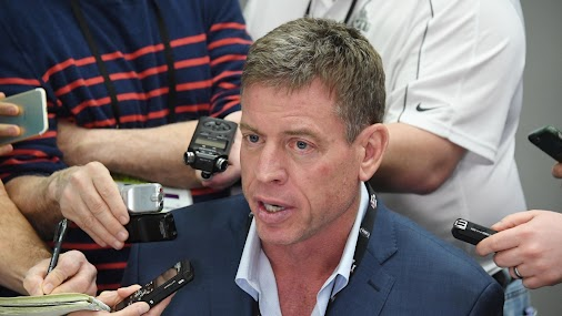 Troy Aikman shares photo from wedding day in Italy  Troy Aikman married fashion icon Capa Mooty over...