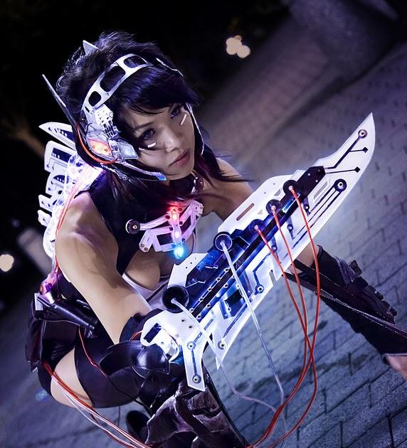 Cosgeek Cyberpunk Cyborg