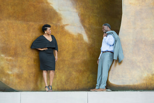Keila and Durken's Classic and Carefree Engagement Session in Washington, DC |Munaluchi Bride